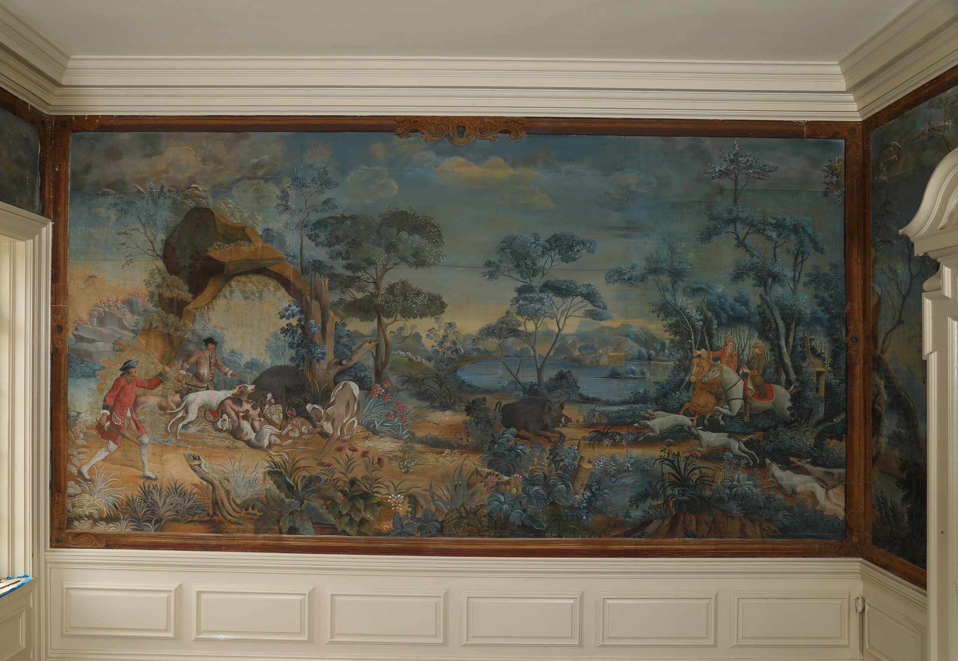 Mural of 18th century boar hunt installed in historic house